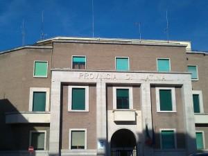 Provincia facciata con scritta