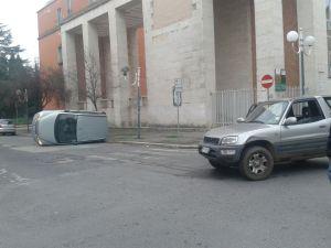 incidente via don minzoni