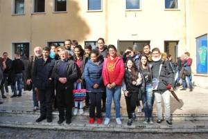 La comitiva del San Benedetto con don ciotti