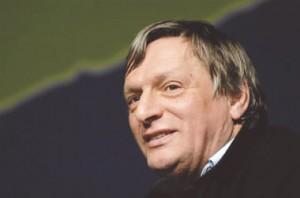 Don Ciotti presidente di Libera