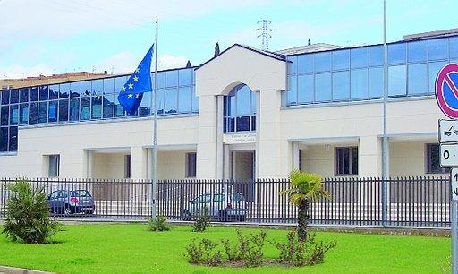 La sede distaccata di Gaeta occupata dagli avvocati