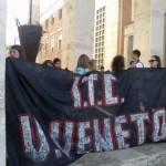 Contro il trasferimento, in primavera gli studenti avevano protestato in strada