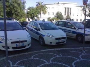 3 auto vigili urbani