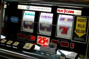 Slot_machine-300x199