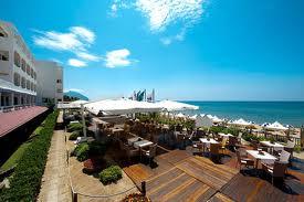 Roger Waters ha preferito pranzare sulla bellissima terrazza dell'Hotel
