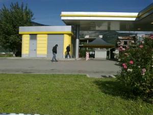 L'area di servizio dove sono stati uccisi Radicioli e Marchionne