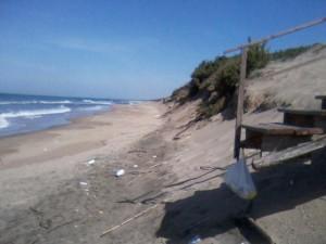 circeo spiaggia degradata