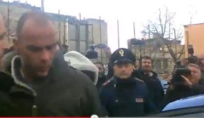 Roberto Zanier in Questura dopo l'arresto