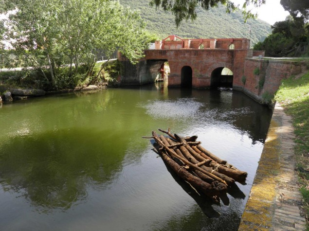 Ponte Rosso