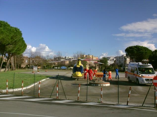 118 elicottero in pista al goretti