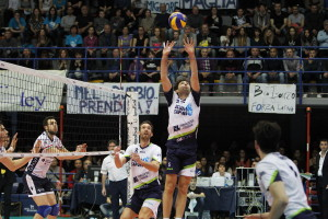 Top Volley Latina