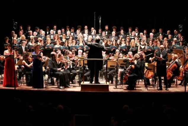 un'orchestra a teatro
