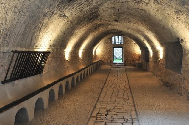 Le Scuderie del Castello Caetani ospiteranno il concerto di contemporanea (foto Fondazione Caetani)
