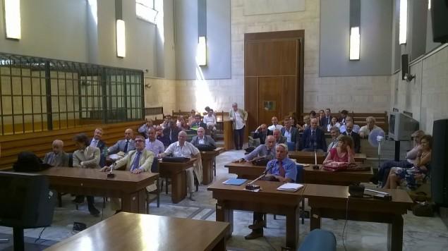 Avvocati in assemblea in aula Corte D'Assise
