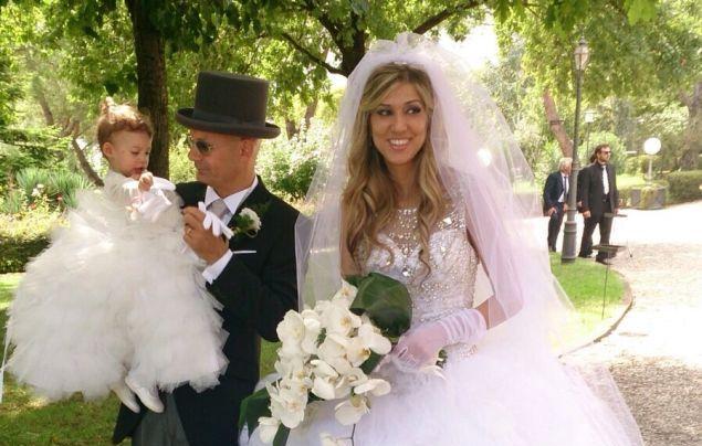 Matrimonio In Tight : Il sì dellex sindaco di giorgi mezzo tight e cerimonia glam u2013 luna