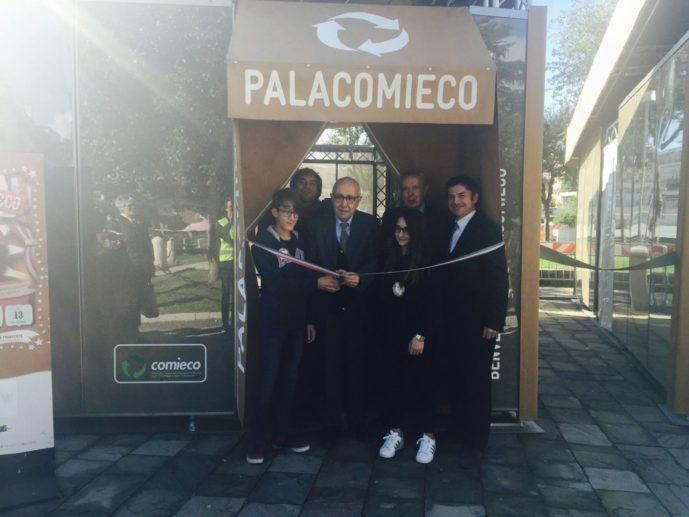 L'inaugurazione con il sindaco di Formia Sandro Bartolomeo
