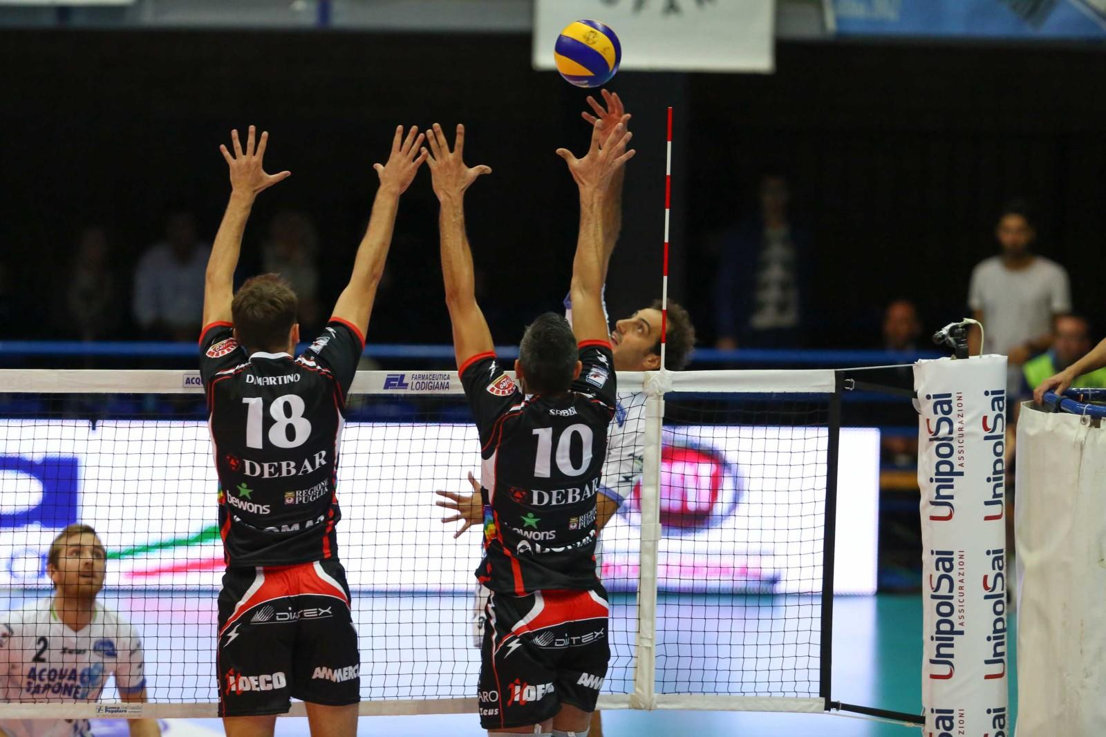 Volley la top latina conquista un punto a molfetta 3 2 - Punto casa molfetta ...