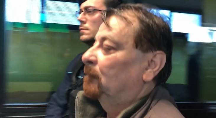 I giubbotti di Salvini e l'amorevole attenzione per Cesare Battisti