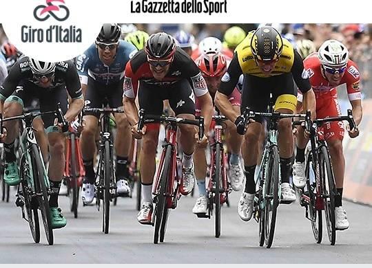Giro d'Italia: lo sloveno Roglic prima maglia rosa